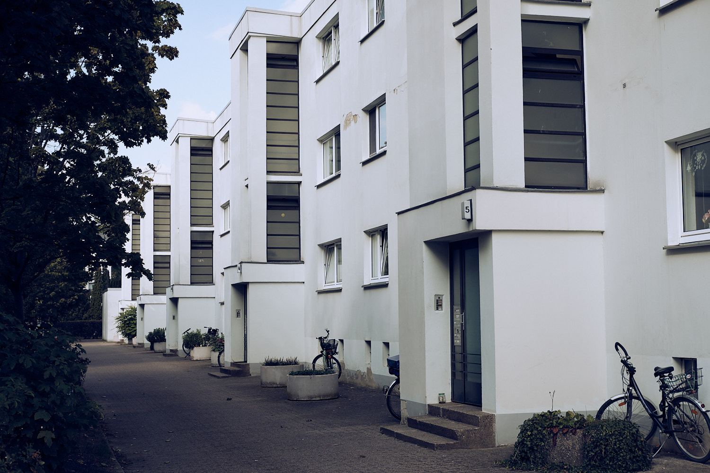 The unmistakeable Bauhaus styled housing settlement Georgsgarten in Celle.