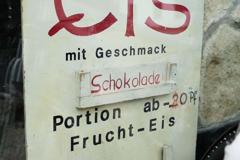 Logistic stop at Solnhofen on the Altmühlradweg, Altmühltal, Germany